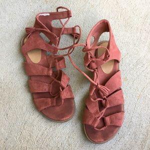 Old Navy Rose Gladiator Sandals
